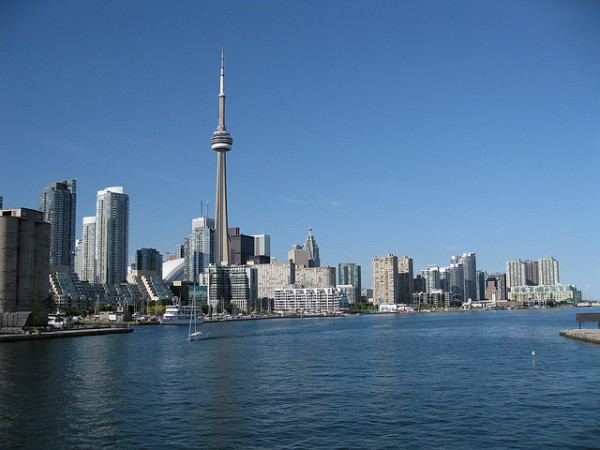 Toronto Skyline from the Toronto Islands Airport Ferry, ©elPadawan/Flickr