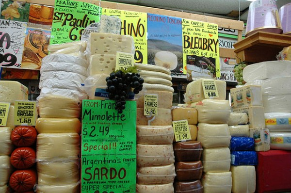 Cheese, cheese and more cheese, ©keepon/Flickr