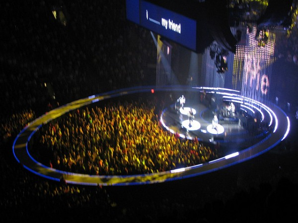 U2 in the Air  Canada Centre, U2 concert at the Air  Canada Centre, ©Ian Muttoo/Flickr