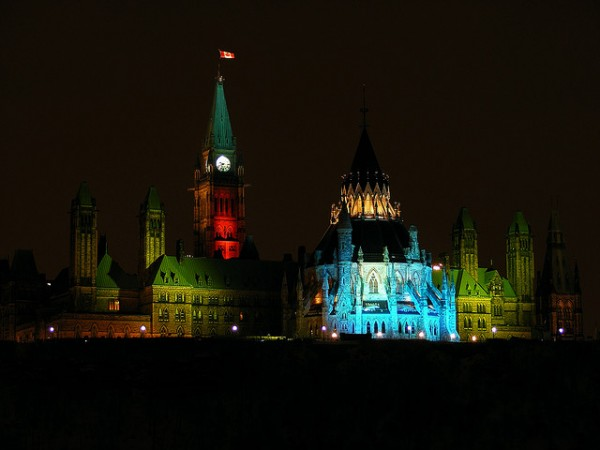 Christmas lights on Parliament Hill in Ottawa, ©abdallah/Flickr